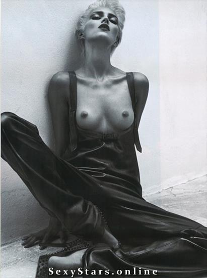 Anja Rubik Nackt. Fotografie - 20