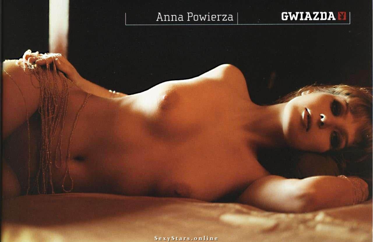 Анна Повежа голая. Фото - 5