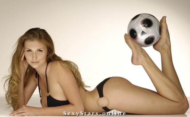 Клаудиа Цисла голая. Фото - 22