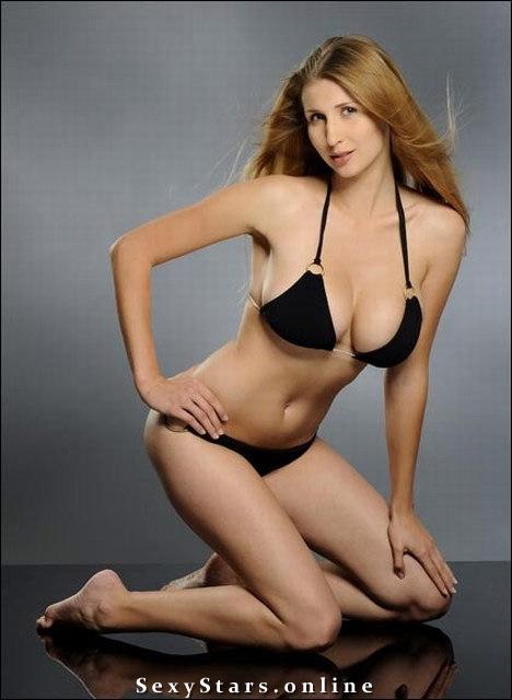 Клаудиа Цисла голая. Фото - 27