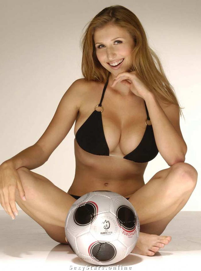 Клаудиа Цисла голая. Фото - 28