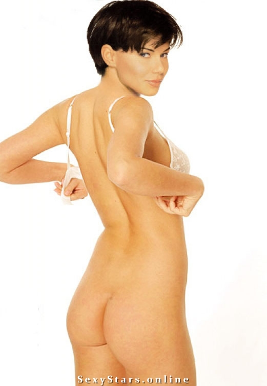 Эдита Гурняк голая. Фото - 1