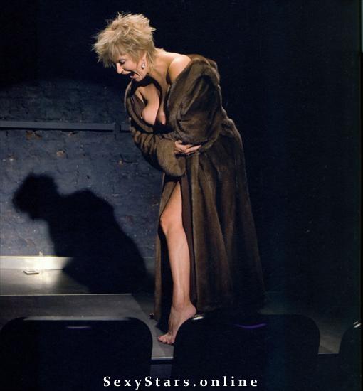 Эва Каспшик голая. Фото - 5