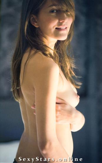 Камила Баар голая. Фото - 5