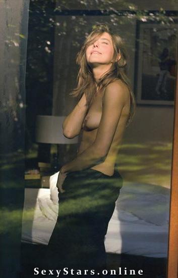 Камила Баар голая. Фото - 7