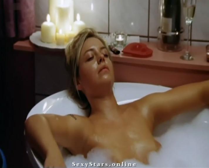 Karolina Lodyga nahá. Fotka - 18