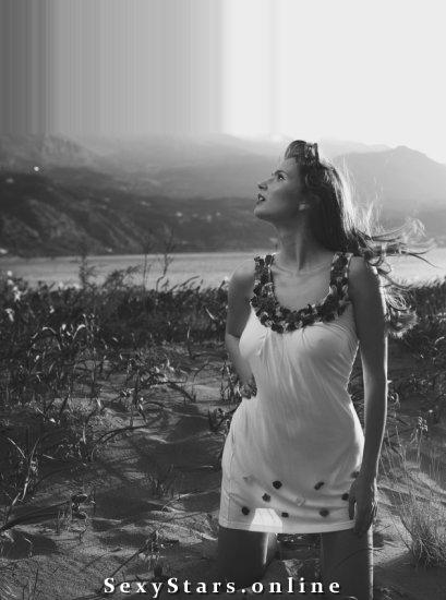 Каролина Шимчак голая. Фото - 6