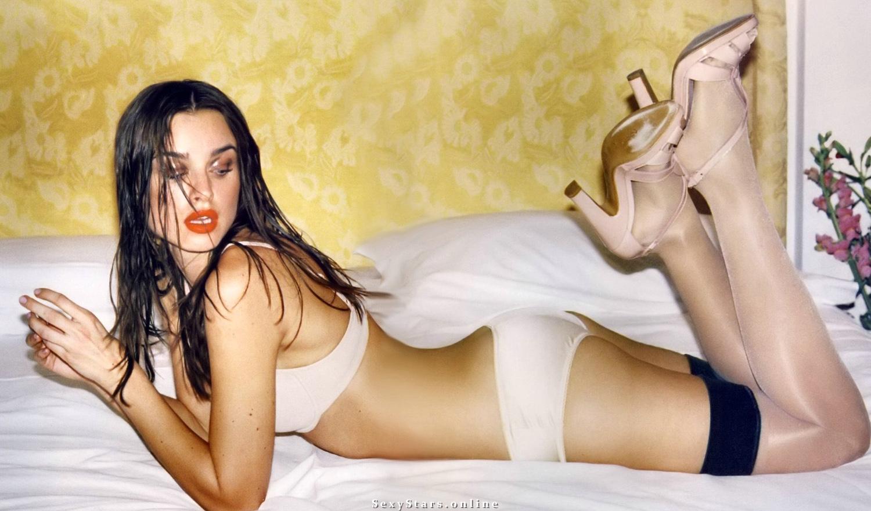 Касия Смутняк голая. Фото - 25