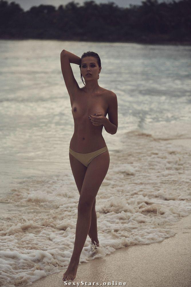 Сандра Кубика голая. Фото - 13