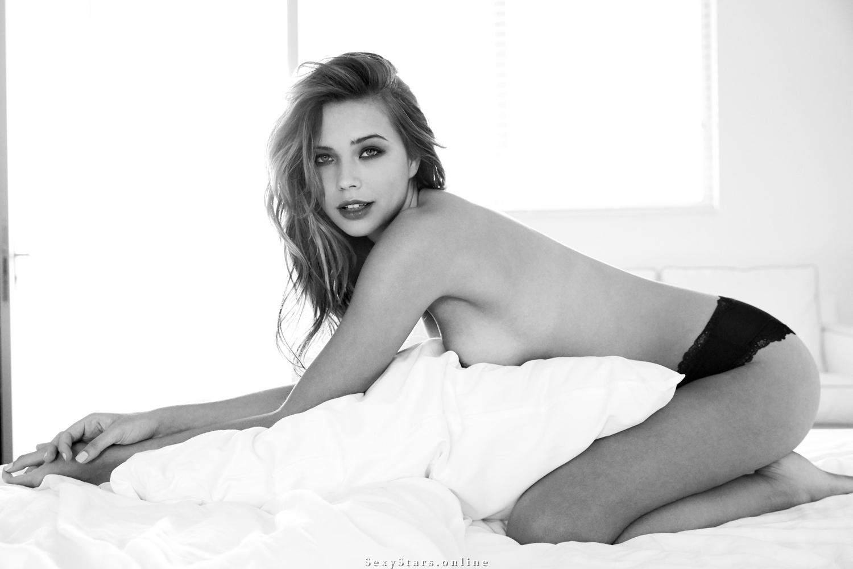 Сандра Кубика голая. Фото - 68
