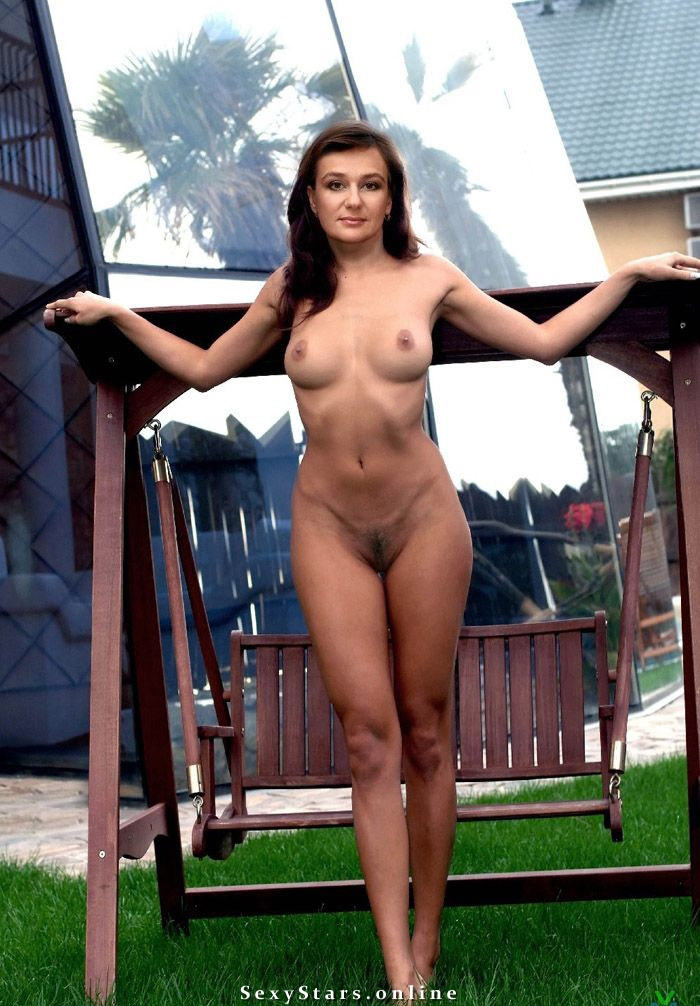 Анастасия Мельникова голая. Фото - 2