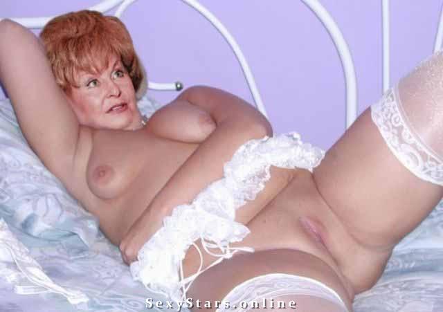 Ангелина Вовк голая. Фото - 9