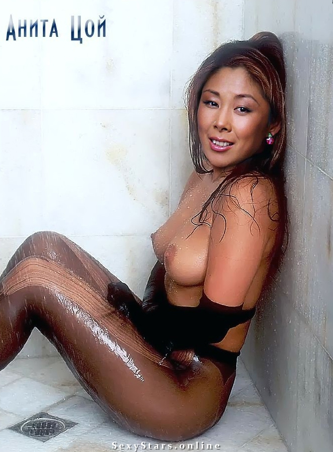 Анита Цой голая. Фото - 7