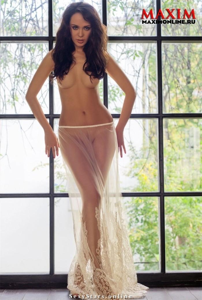 Анна Калашникова голая. Фото - 1
