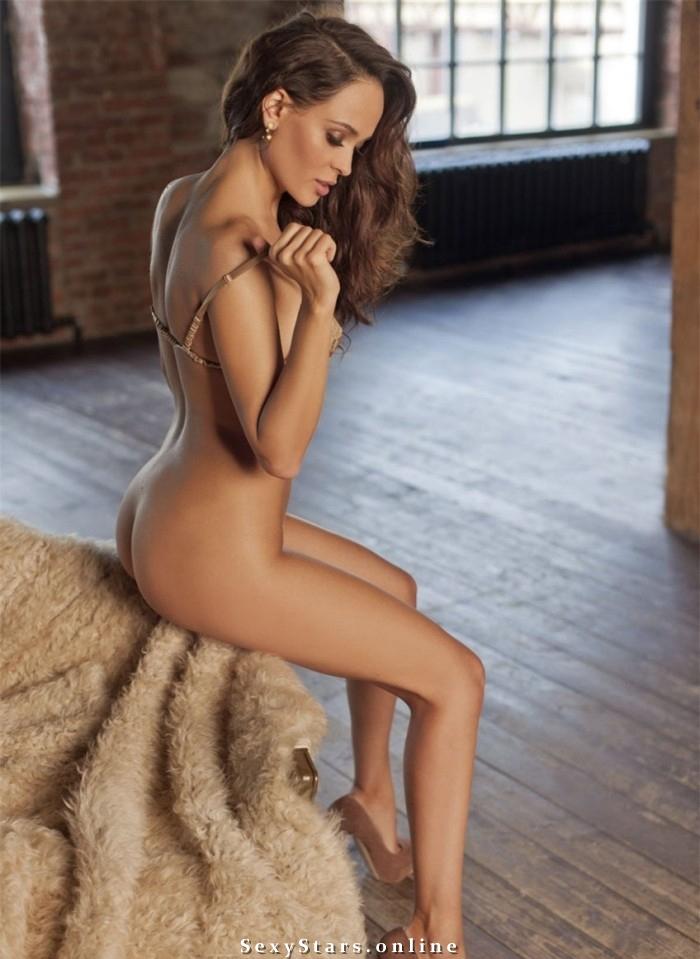 Анна Калашникова голая. Фото - 6