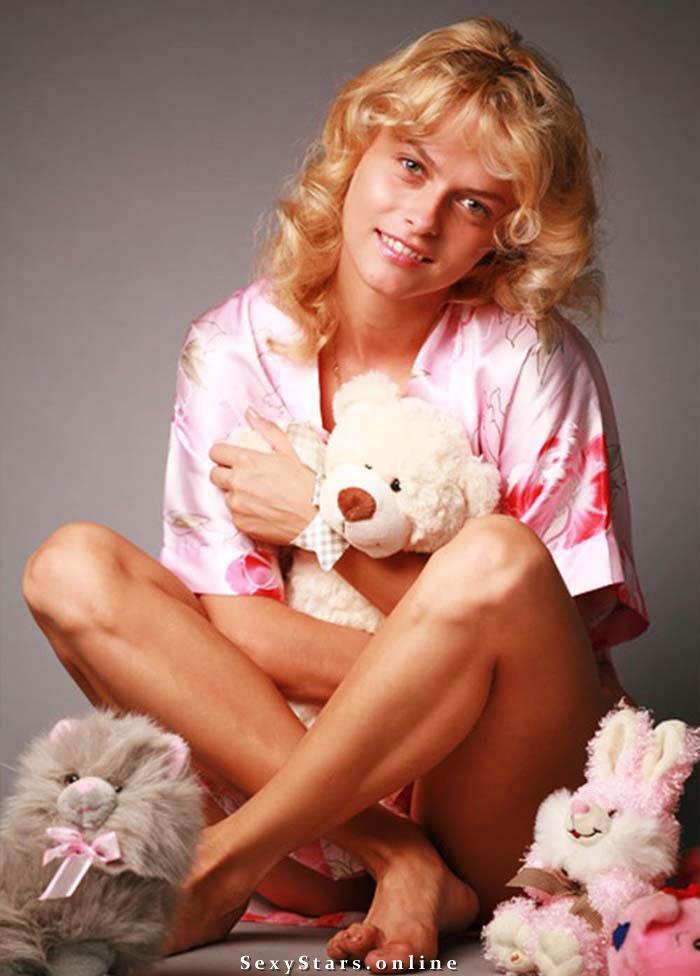 Анна Лутцева голая. Фото - 4