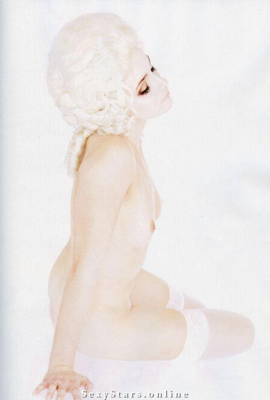Анна Снаткина голая. Фото - 1