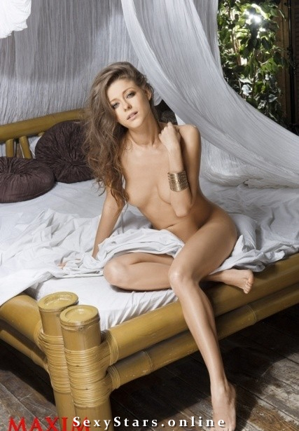 Антонина Комиссарова голая. Фото - 4