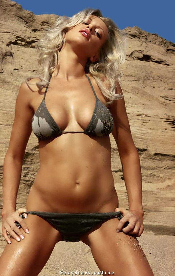 Арина Махова голая. Фото - 12