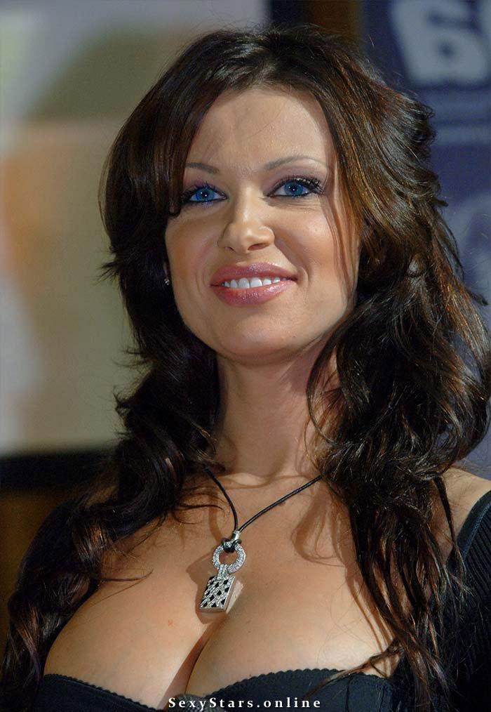 Арина Махова голая. Фото - 9