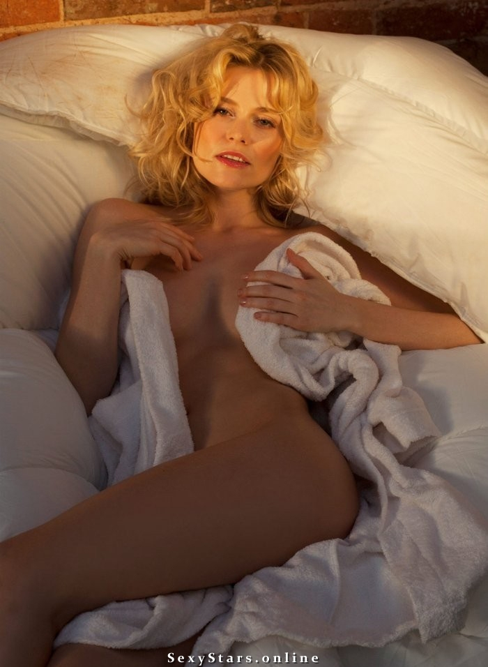 Елена Чернявская голая. Фото - 3