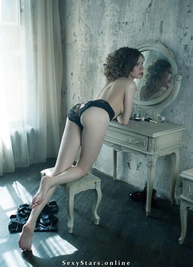 Елена Подкаминская голая. Фото - 2