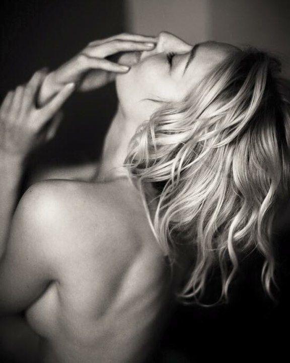 Евгения Лоза голая. Фото - 10