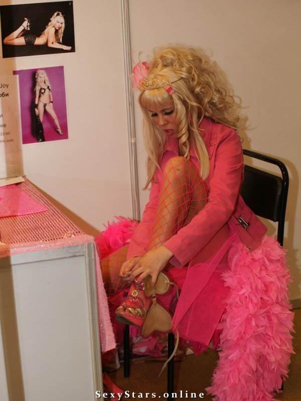 Карина Барби голая. Фото - 3
