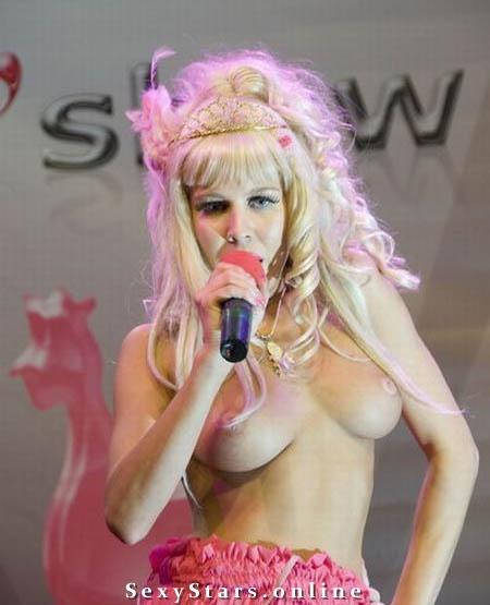 Карина Барби голая. Фото - 8