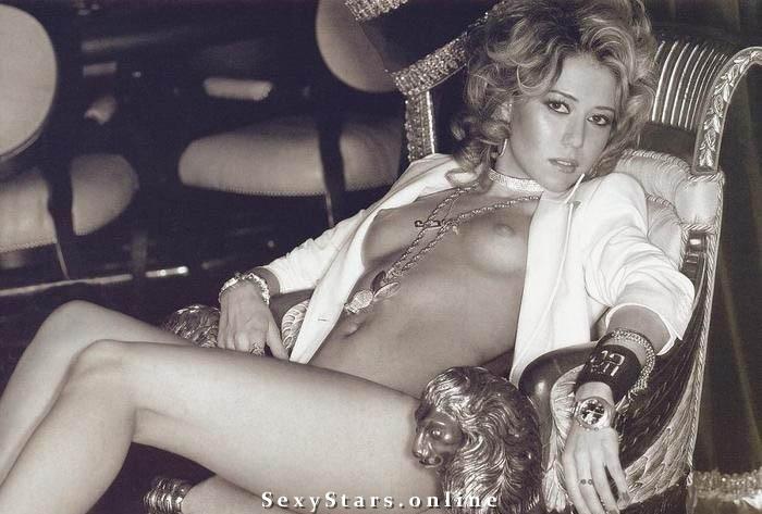 Карина Кокс голая. Фото - 4