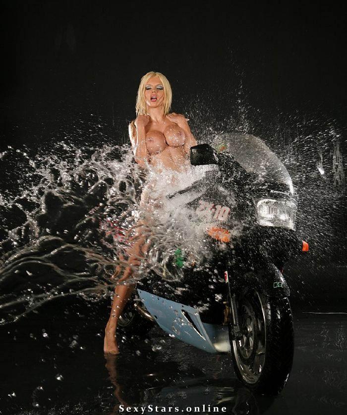 Катя Самбука голая. Фото - 28