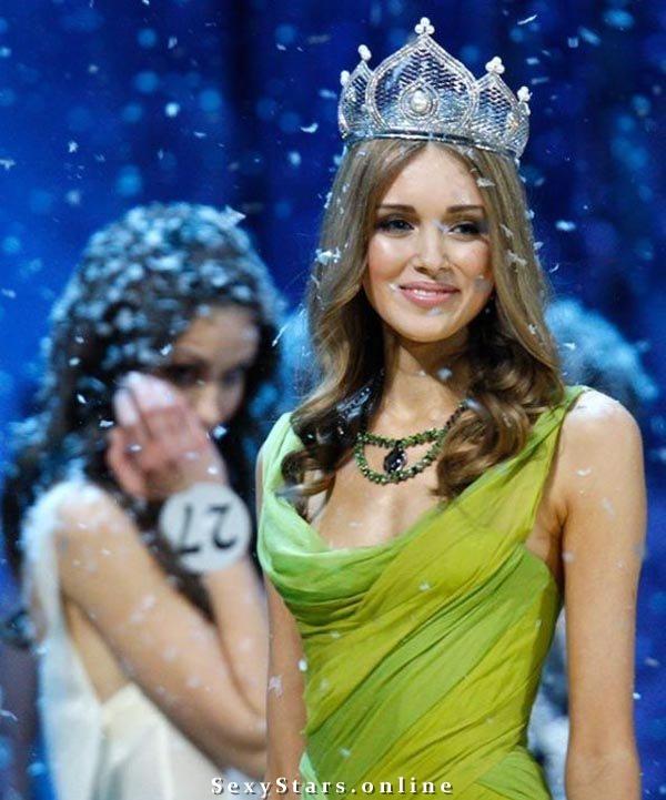 Ксения Сухинова голая. Фото - 2