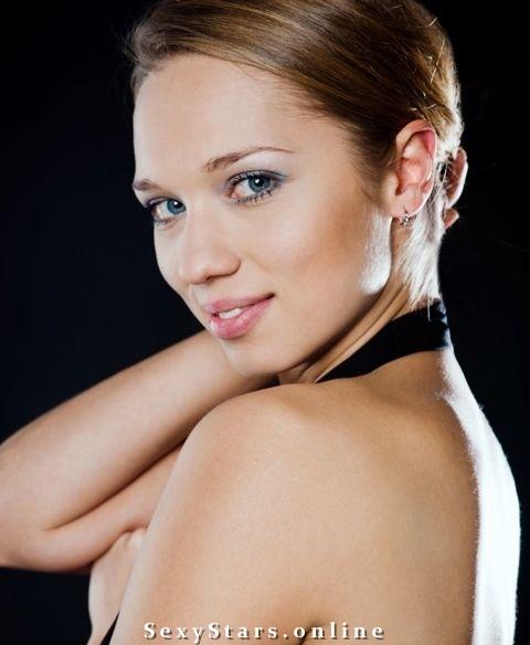 Ксения Теплова голая. Фото - 3
