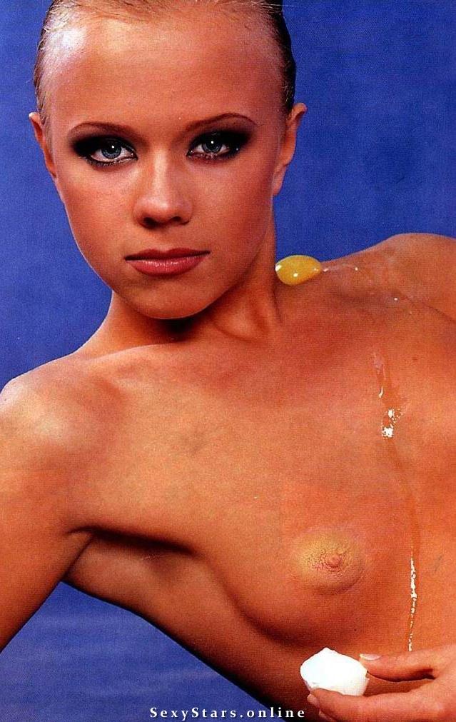 Лена Перова голая. Фото - 2