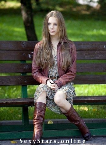 Лиза Арзамасова голая. Фото - 3