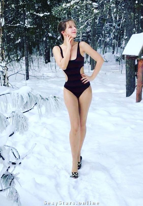 Лиза Арзамасова голая. Фото - 6
