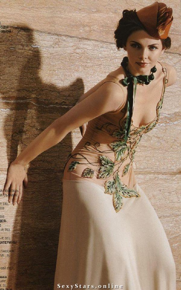 Лиза Боярская голая. Фото - 3