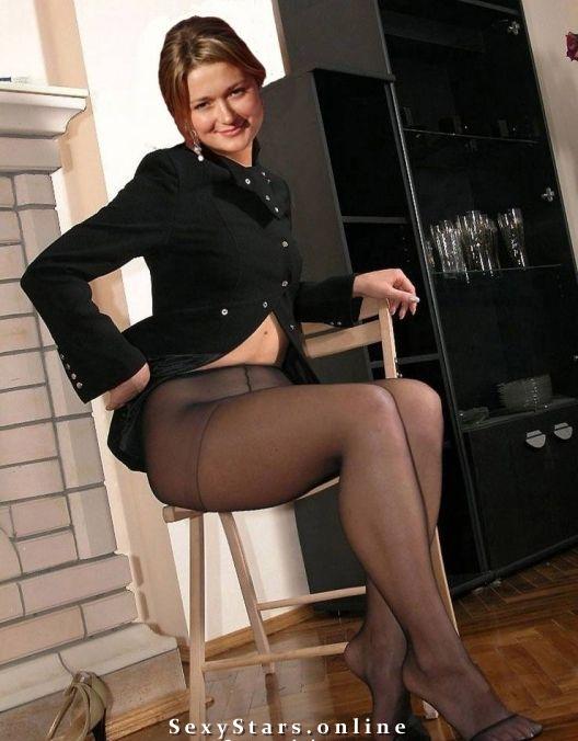 Надежда Михалкова голая. Фото - 2