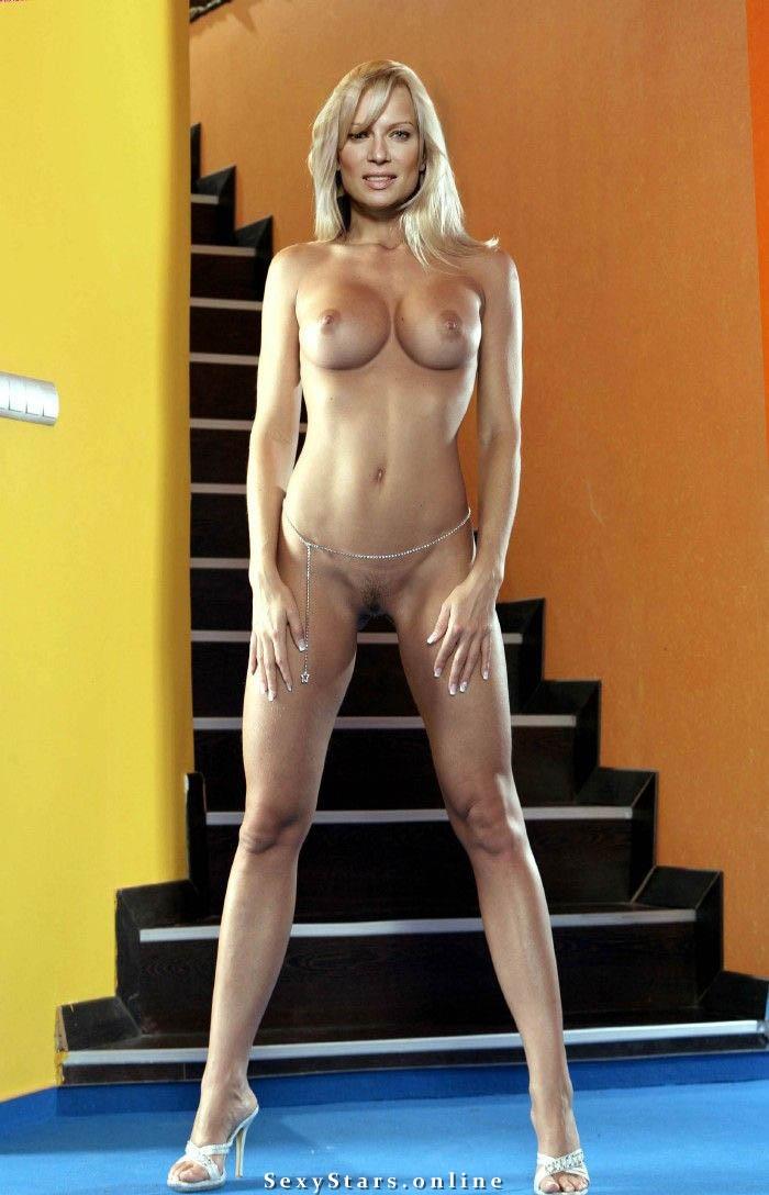 Олеся Судзиловская голая. Фото - 8