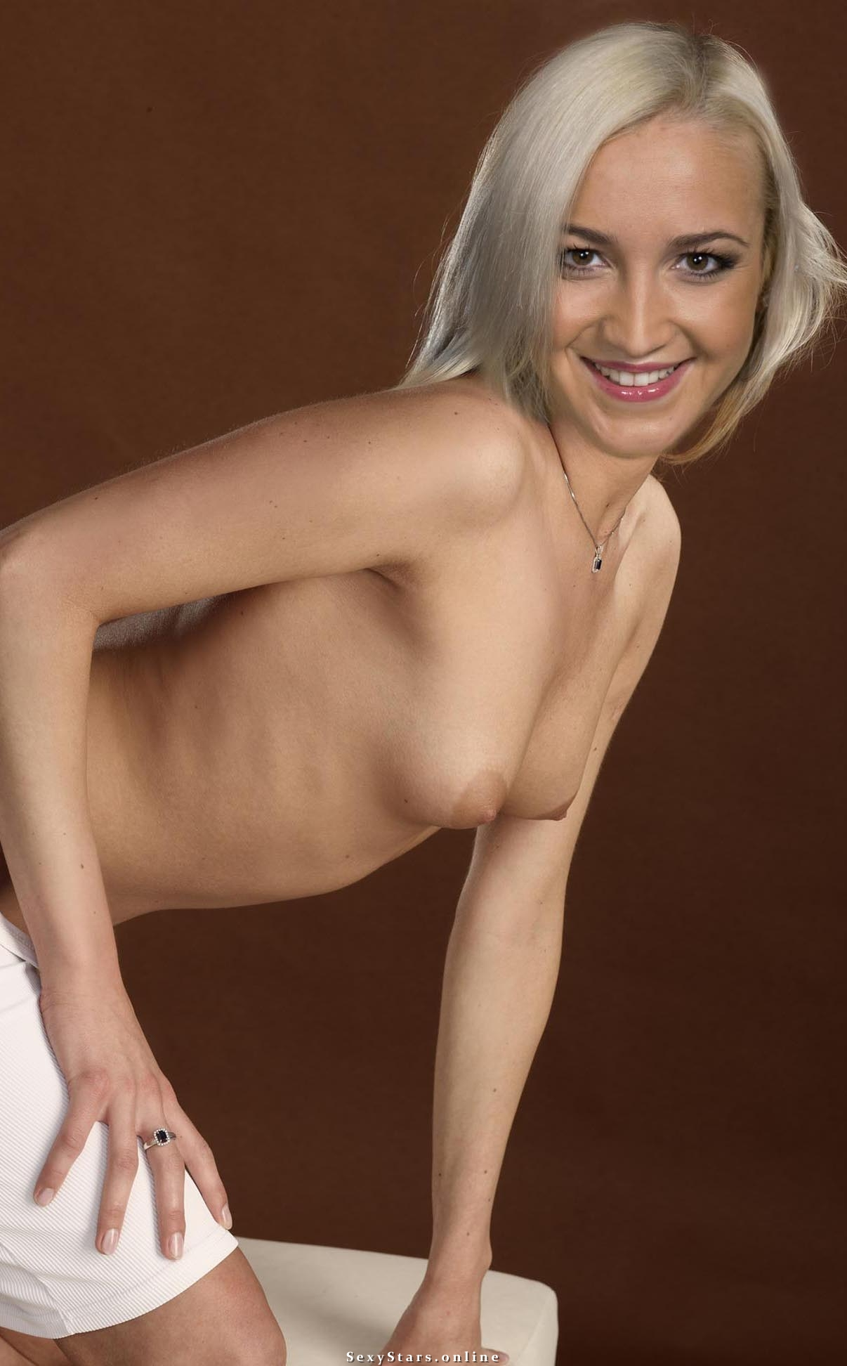 Ольга Бузова голая. Фото - 17