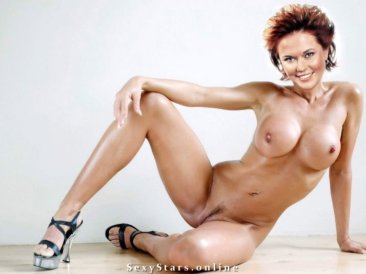 Ольга Кокорекина голая. Фото - 2