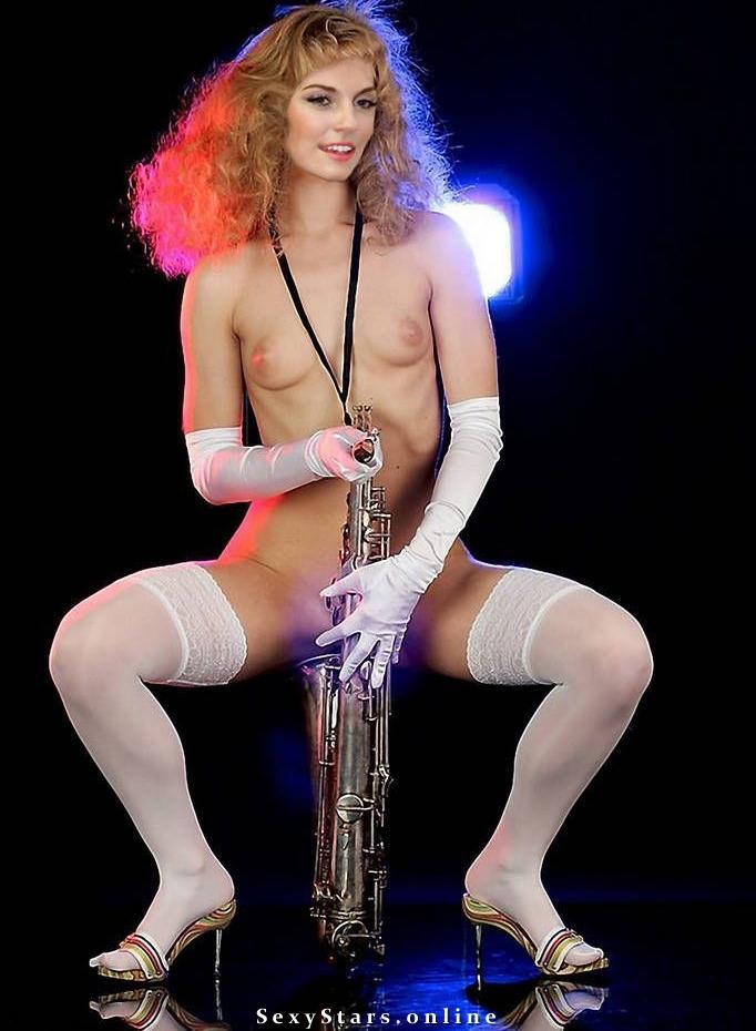 Саша Савельева голая. Фото - 19