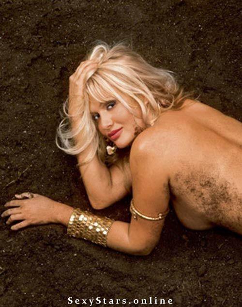 Виктория Лопырева голая. Фото - 10