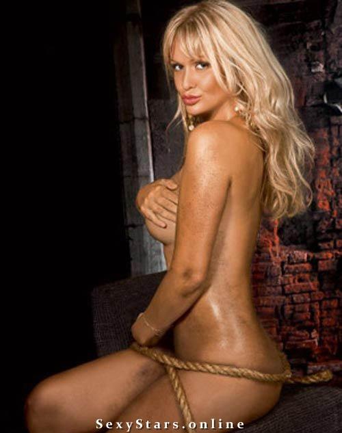 Виктория Лопырева голая. Фото - 12