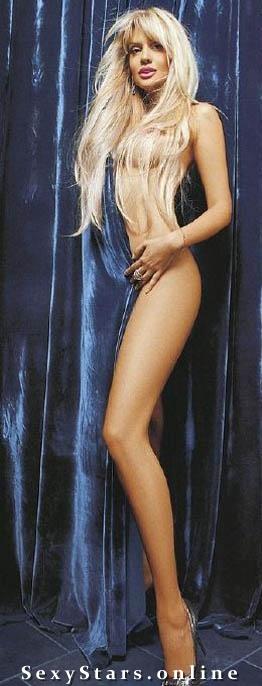 Виктория Лопырева голая. Фото - 2