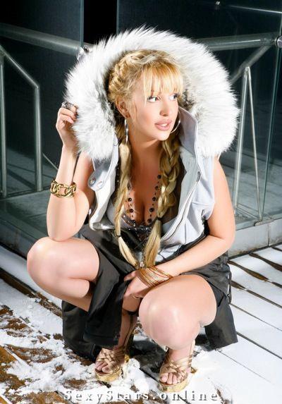 Виктория Лопырева голая. Фото - 9