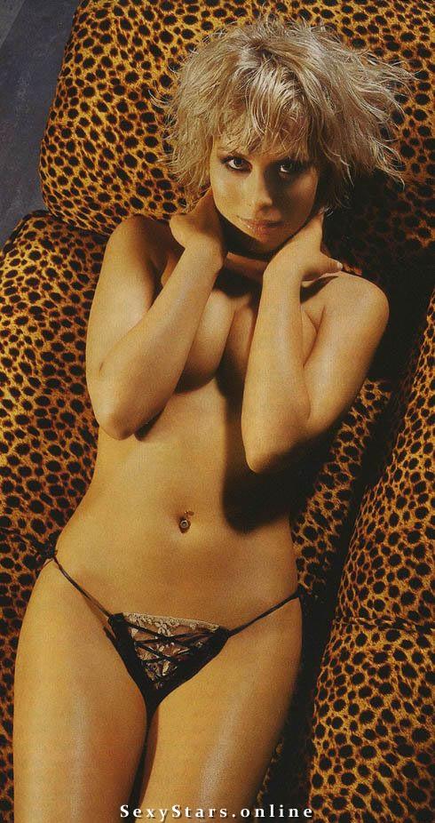 Юлия Беретта голая. Фото - 19