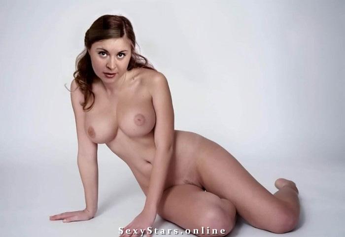 Юлия Борилова голая. Фото - 1
