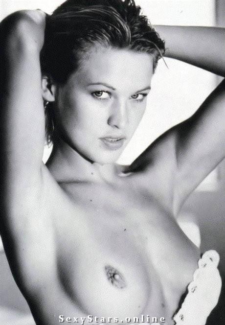 Юлия Маярчук голая. Фото - 12