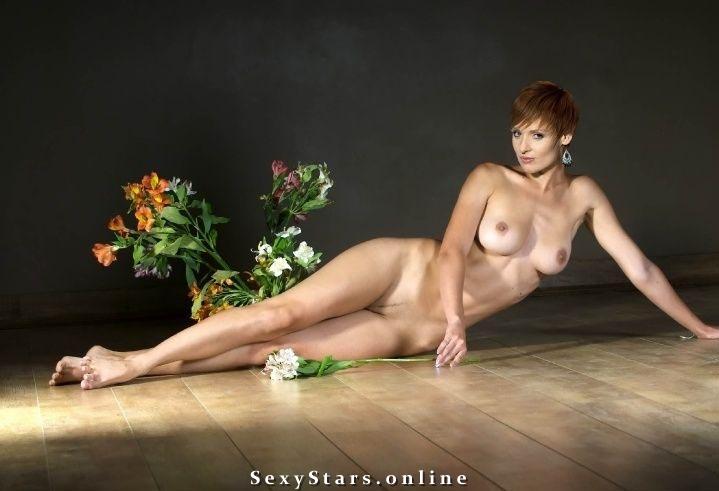 Жанна Эппле голая. Фото - 7